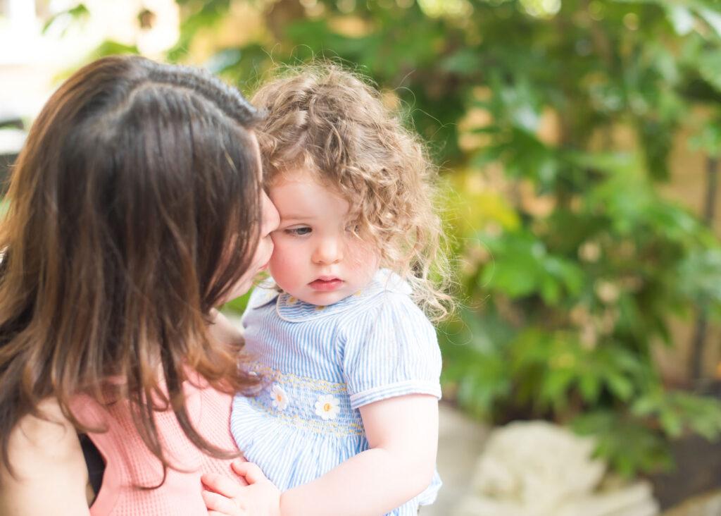Six tips to help create a beautiful garden family photography shoot