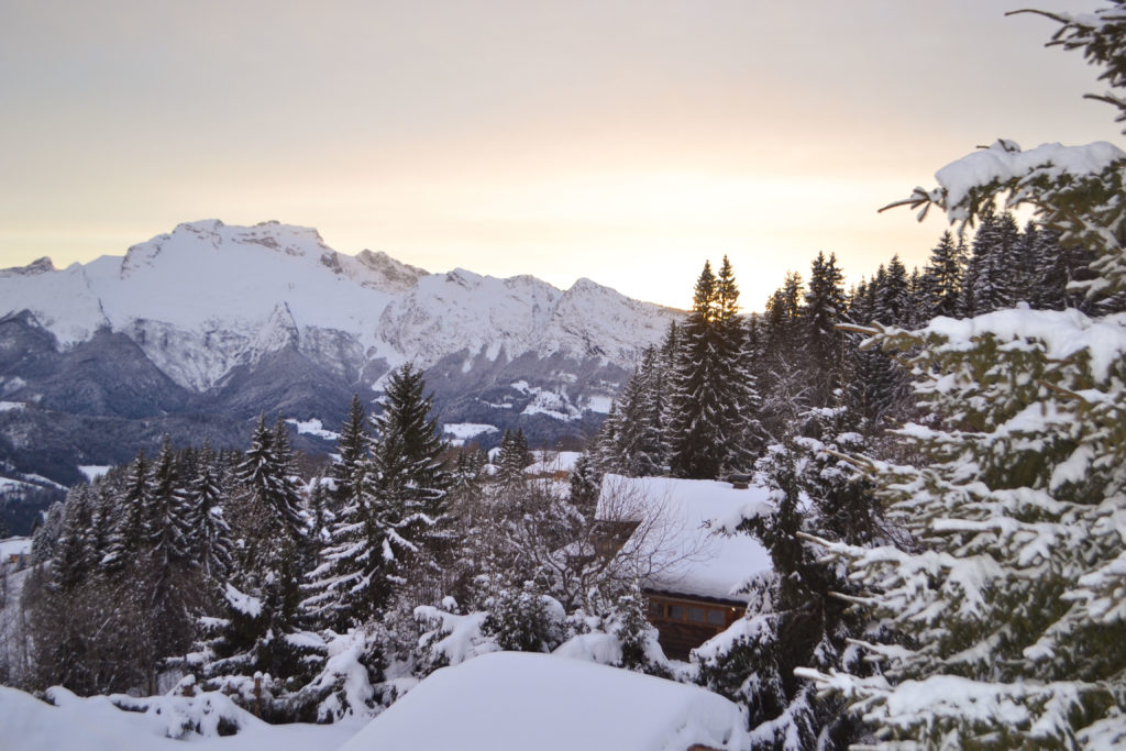 An enchanting place in the French Alps for a family ski trip